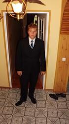 Adrian 19 lat