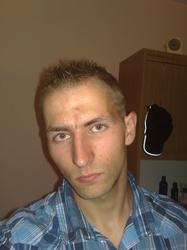 Adrian 24 lat