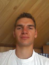 Bartosz 25 lat