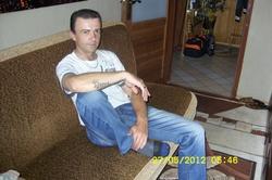 Mariusz 42 lat Brzeg