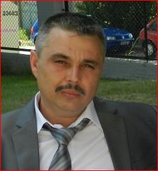 Andrzej 44 lat