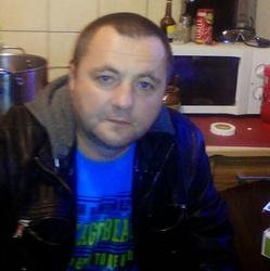Piotr 43 lat